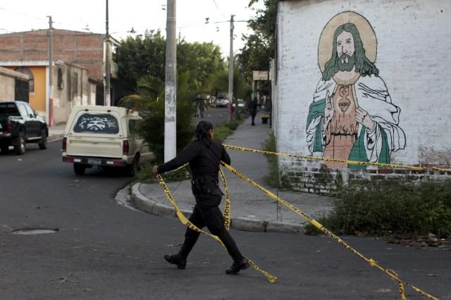3. El Salvador