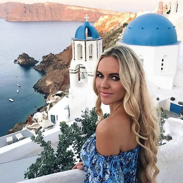 Ella consiguió un MBA y comenzó a publicar sobre su vida y viaja en Instagram como @pilotmadeleine.