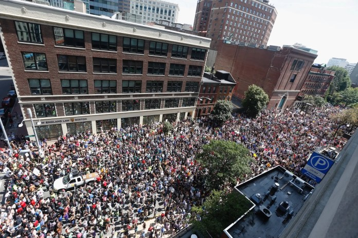boston counter protesters Thousands of counterprotesters descended on Boston and drowned out a right-wing 'free speech' rally Thousands of counterprotesters descended on Boston and drowned out a right-wing 'free speech' rally gettyimages 835543902