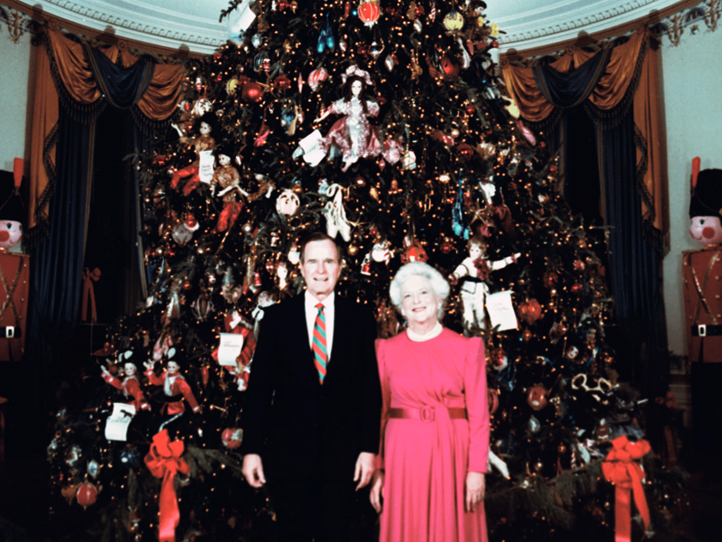 White House Christmas Photos Historical Business Insider