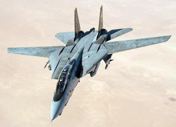grumman f 14 f14 tomcat fighter jet US_Navy_051105 F 5480T 005_An_F 14D_Tomcat_conducts_a_mission_over_the_Persian_Gulf region
