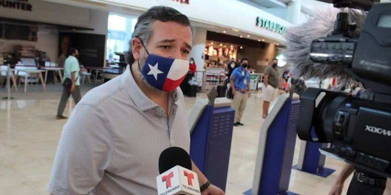 Ted Cruz cancun 3.JPG