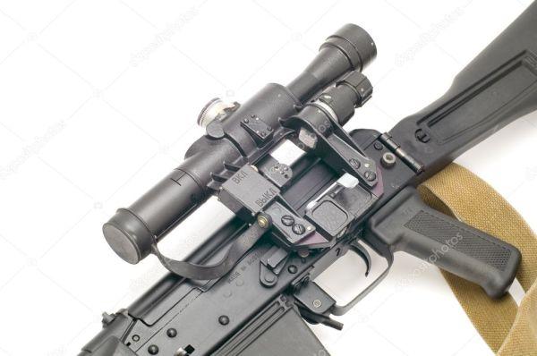 Охотничья винтовка с оптическим — Стоковое фото © Garry518 ...