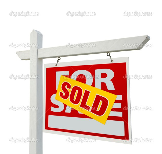 Sold Real Estate Sign on White — Stock Photo © Feverpitch #2359083
