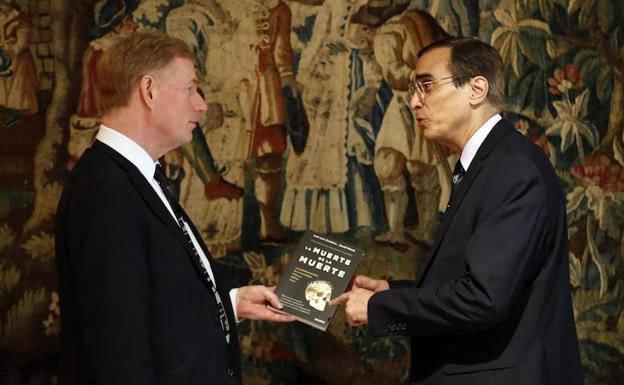 Wood y Cordeiro, los ingenieros autores del libro 'La muerte de la muerte'.