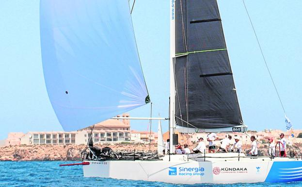 'El Carmen', at one point in yesterday's regatta.