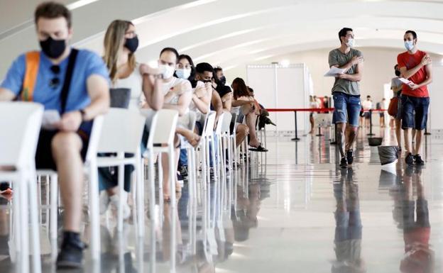 Vaccination center in Valencia.