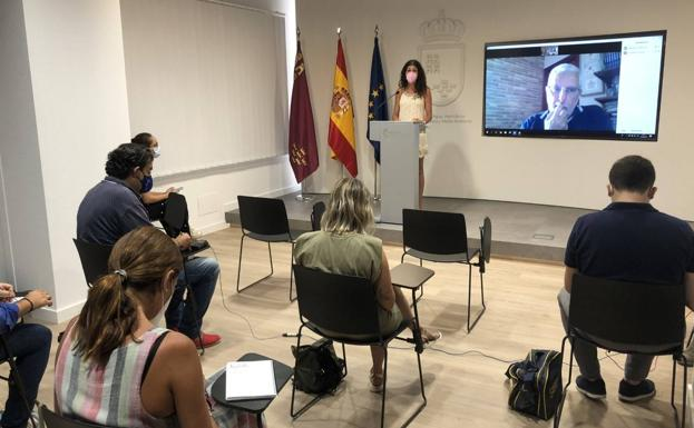 The general director of the Mar Menor, Miriam Pérez, during the appearance on the state of the Mar Menor.
