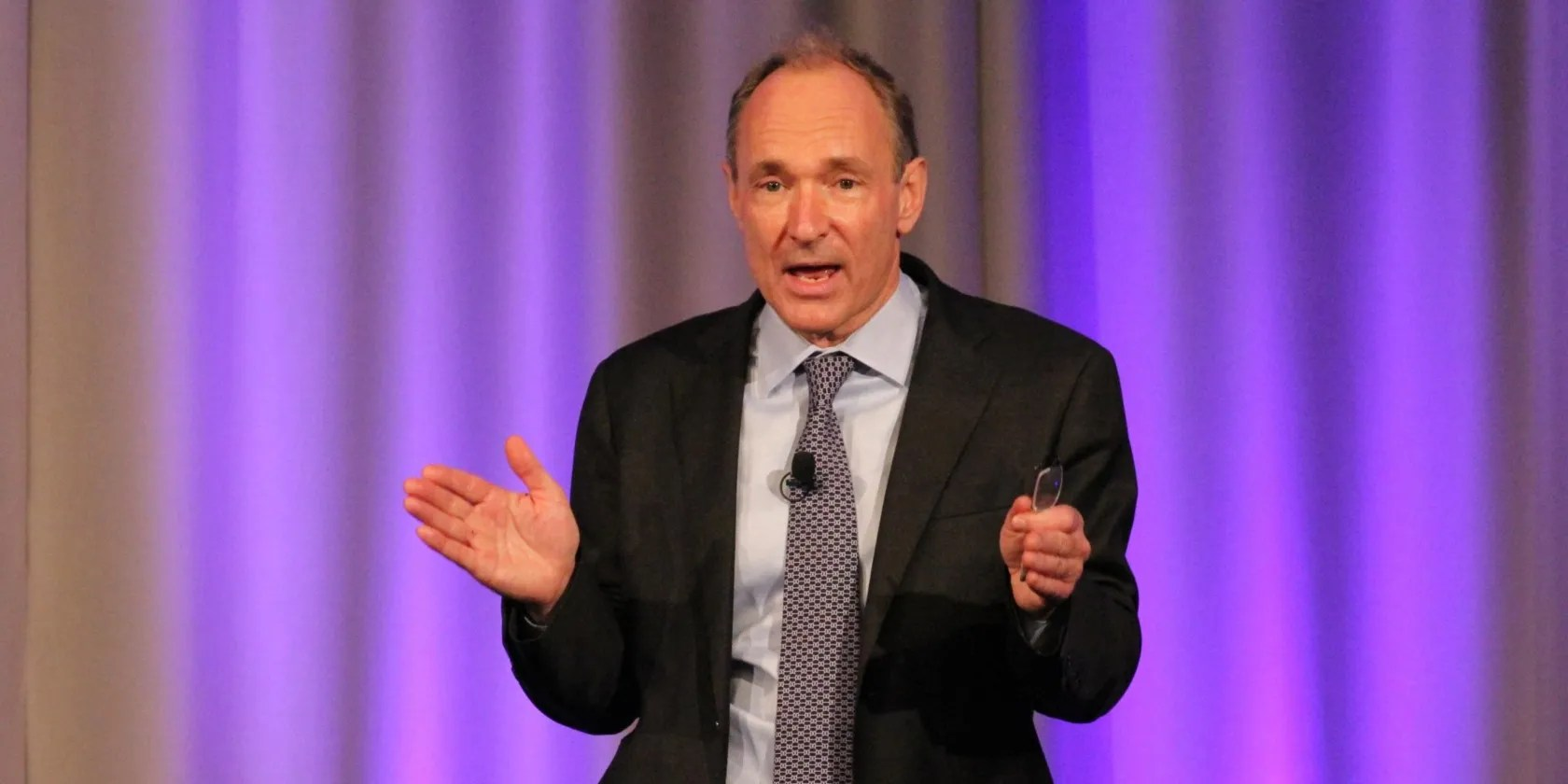 Tim Berners Lee Wants You To Help Save The Web