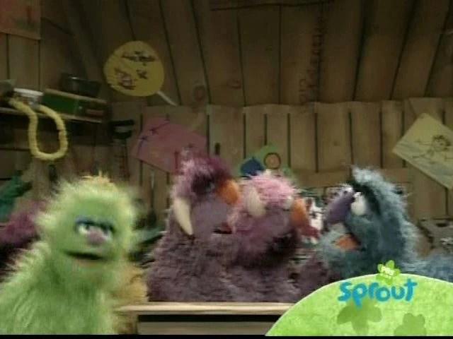 Oscar Eats Street Trash Sesame