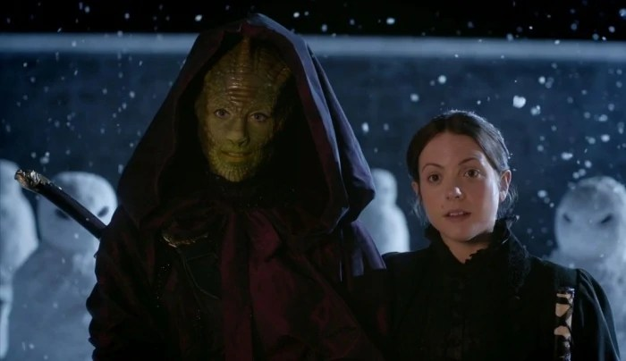 https://i1.wp.com/static3.wikia.nocookie.net/__cb20130505044335/tardis/images/c/c6/Lizard_Woman_From_The_Dawn_Of_Time_And_Wife.jpg