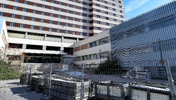 El Hospital Militar reabrirá en Sevilla con 175 camas en enero para  combatir la Covid-19