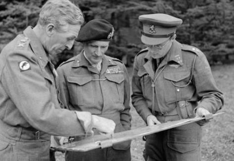 Horrocks, Montgomery y el príncipe Bernardo
