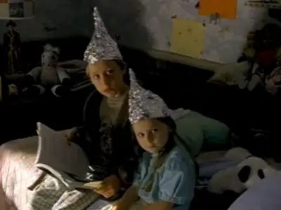 Latest Tinfoil Hat Theory: Obama Is Planning To ...