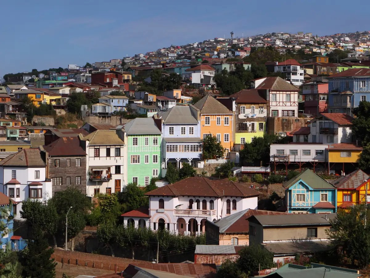 View the colorful, ramshackle homes built into the cliffs of Valparaíso, Chile.