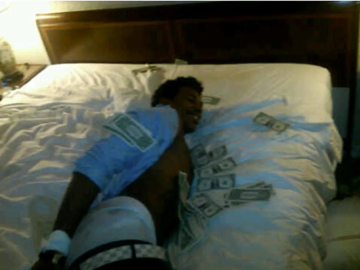 He's known for showering his friends in cash too. The lucky recipient here is former teammate Nick Young.