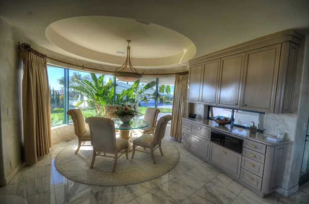 Enjoy some breakfast in this sunny spot of the kitchen.