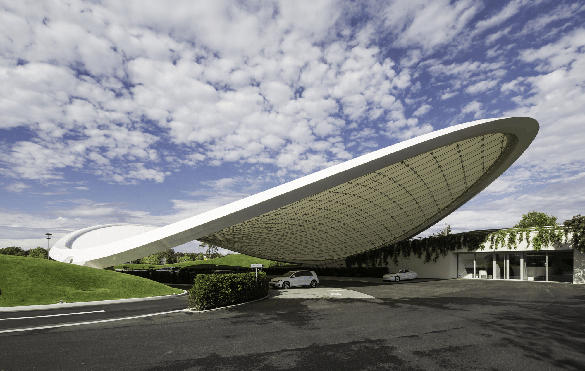 Autostadt Roof and Service Pavilion, Germany