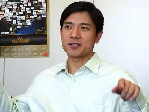 AGE 45: Robin Li