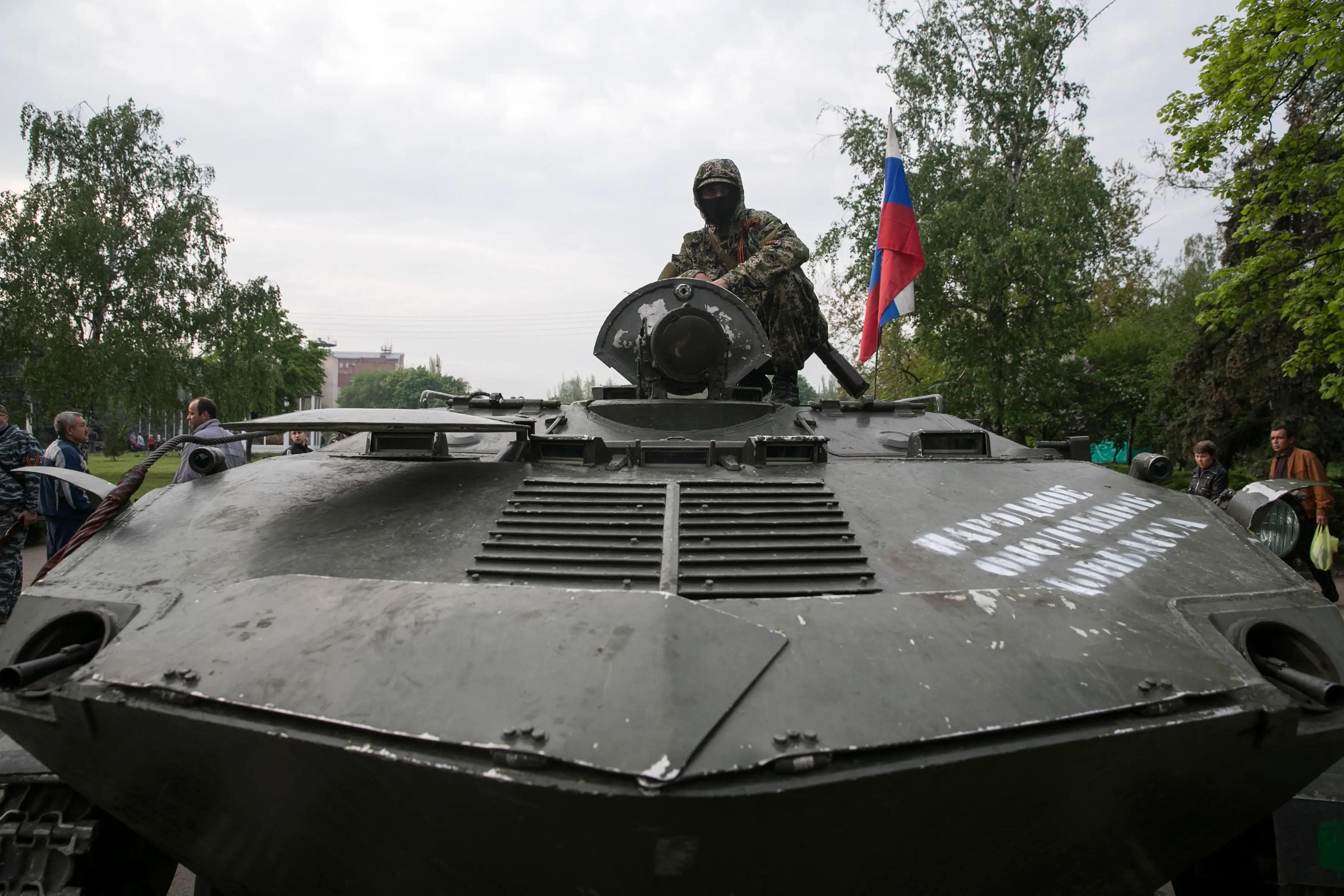 pro-Russian rebel Ukraine Slaviansk