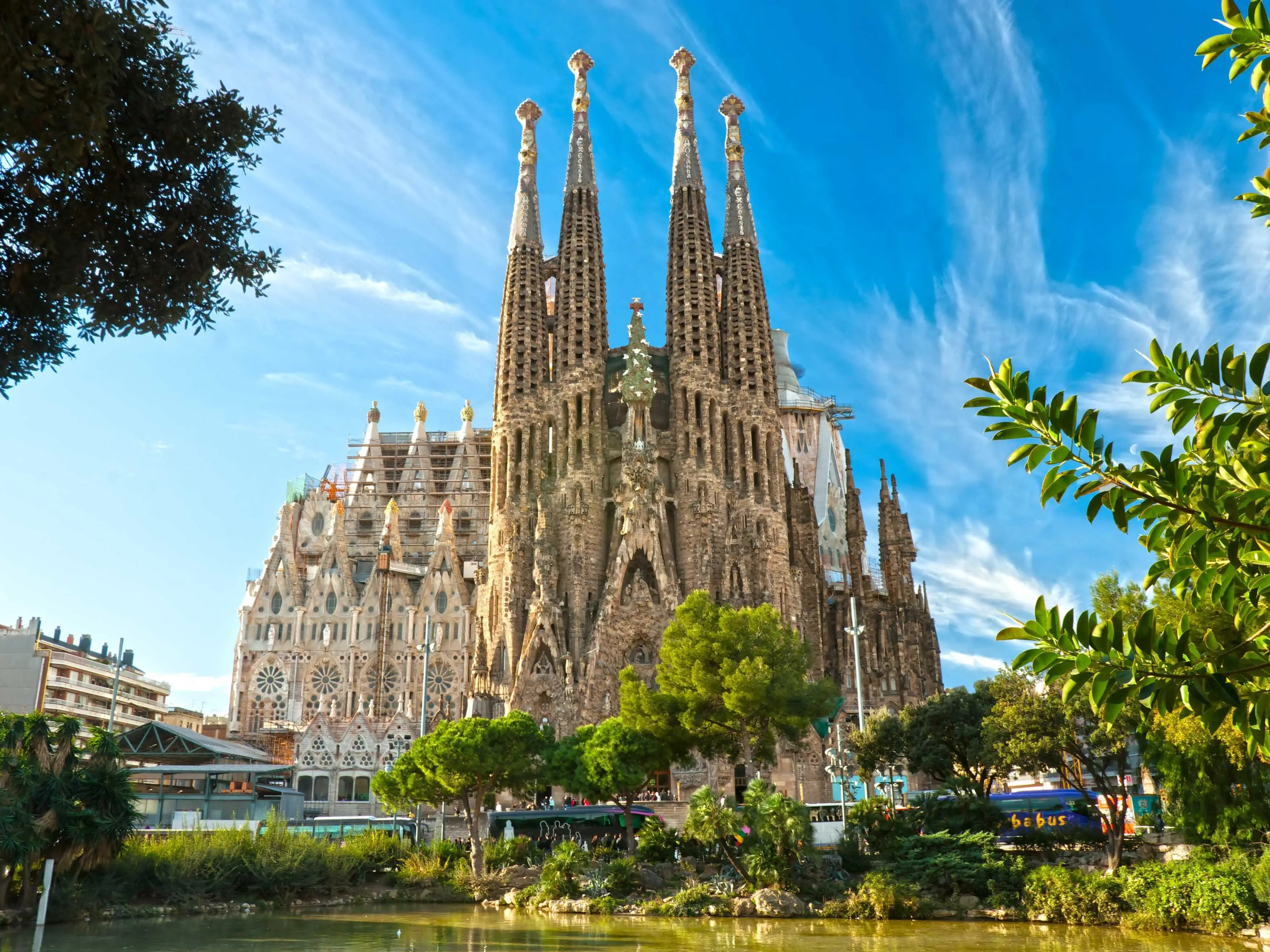 And sometimes our eyes can't comprehend what they see. Here's the Basilica Sagrada Familia in Barcelona, Spain, designed by modernist architect Antoni Gaudí.