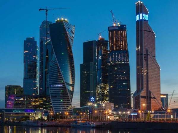 Russia Moscow City Finance Banks Tanks - Business Insider
