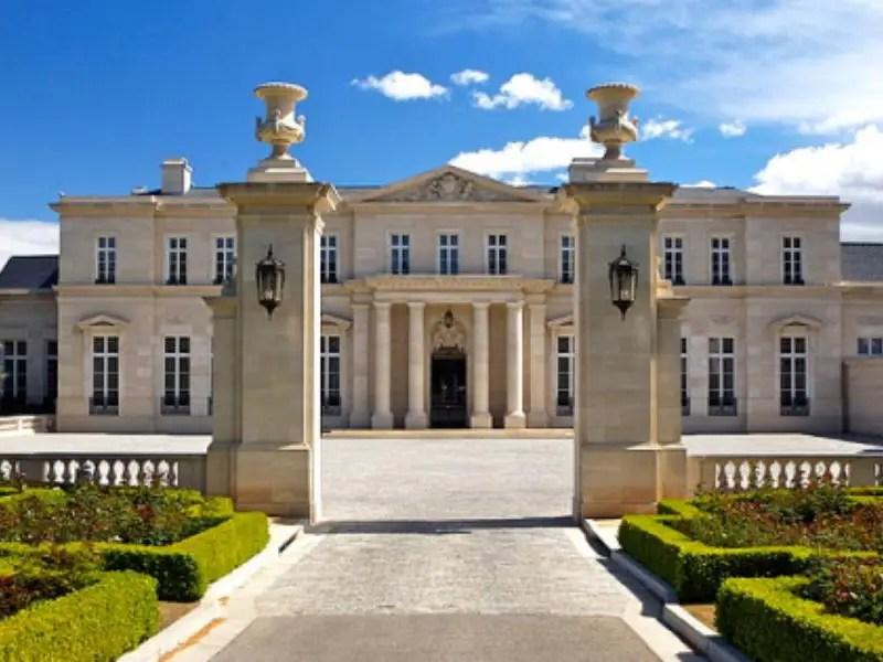 4. Los Angeles, California's massive Fleur de Lys estate sold for $88 million.*