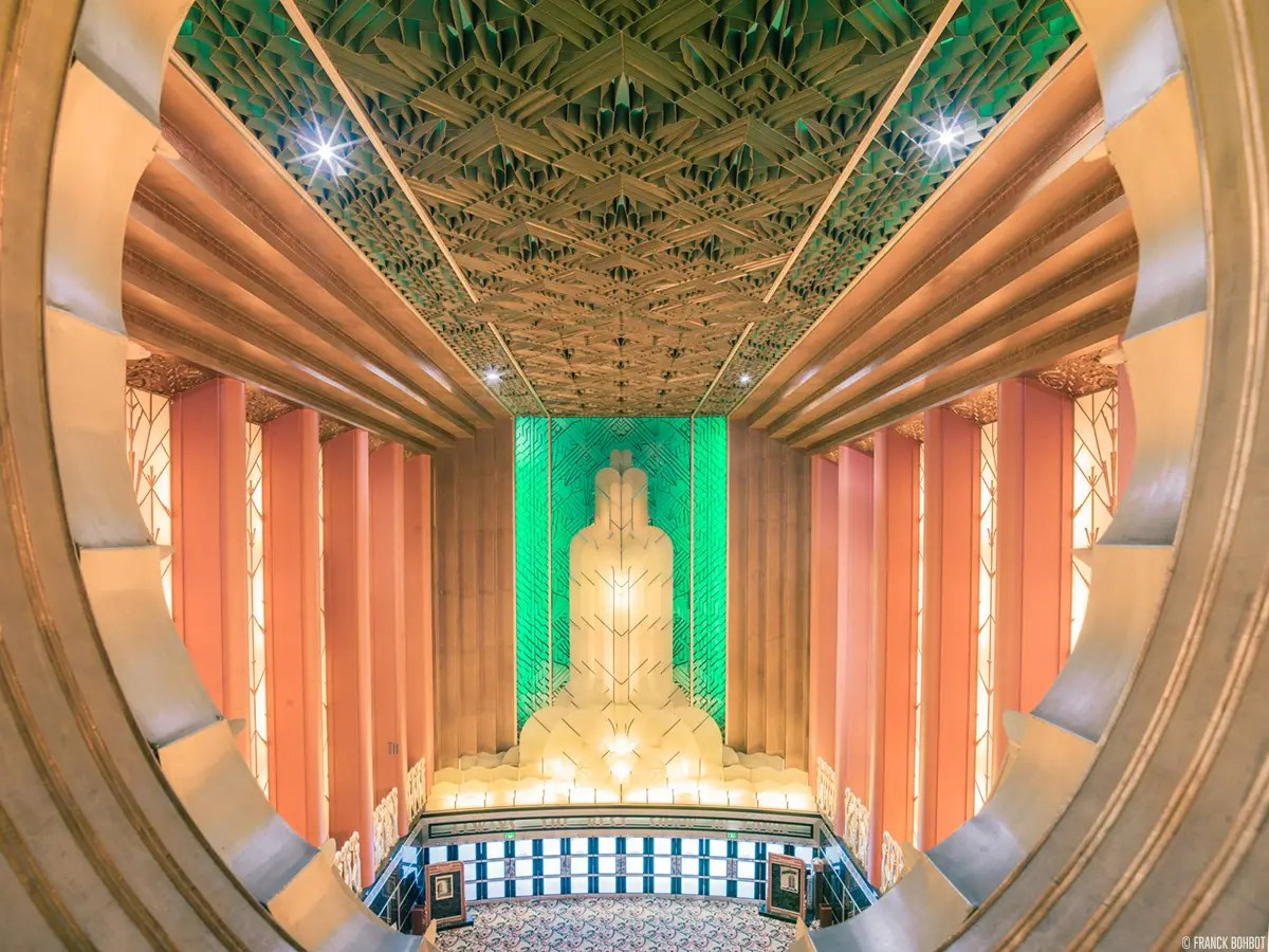 As we've seen, it's not just the auditoriums themselves that are so impressive. At the Paramount Theatre, in Oakland, you can buy your popcorn and candy in this beautiful art deco lobby, built in 1931.