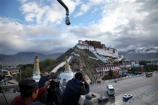 China micromanages Tibet, floods it with money to woo locals ...
