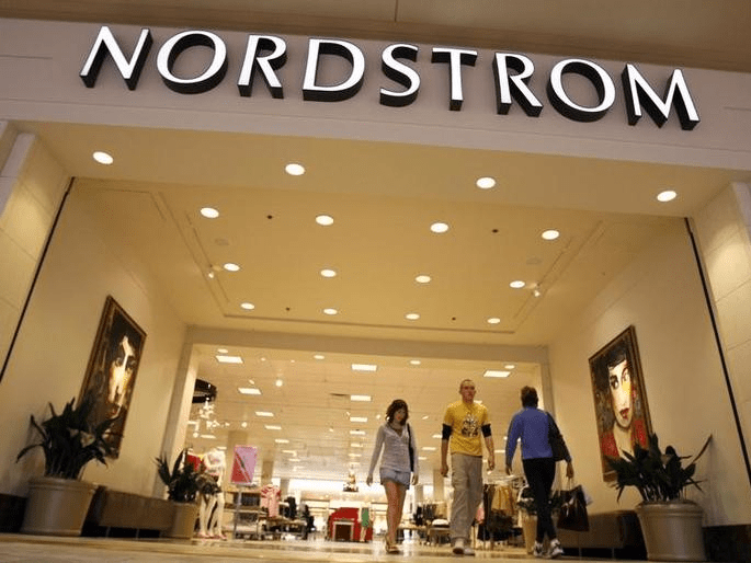 The Nordstrom store is seen at a mall in a Denver suburb May 16, 2008. The upscale department store chain Nordstrom Inc. reported earnings that topped Wall Street estimates.  REUTERS/Rick Wilking