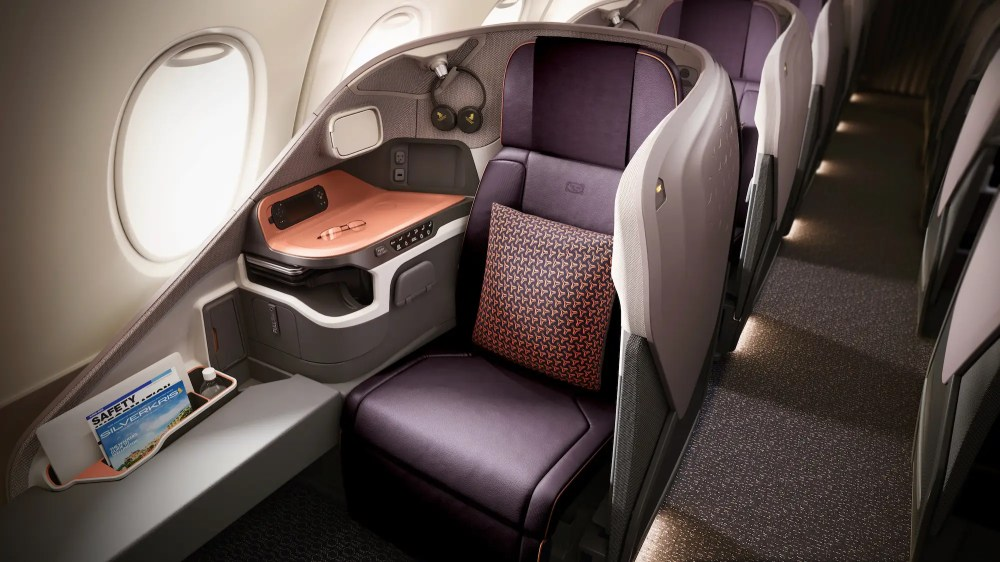 Sharing the upper deck with the suites are 78 business class seats.
