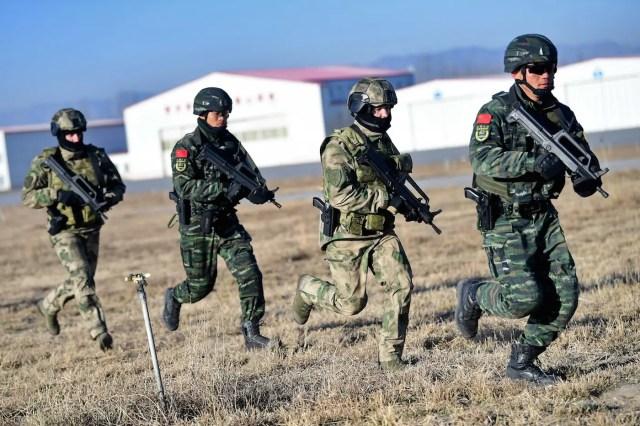 Russia China police border guard