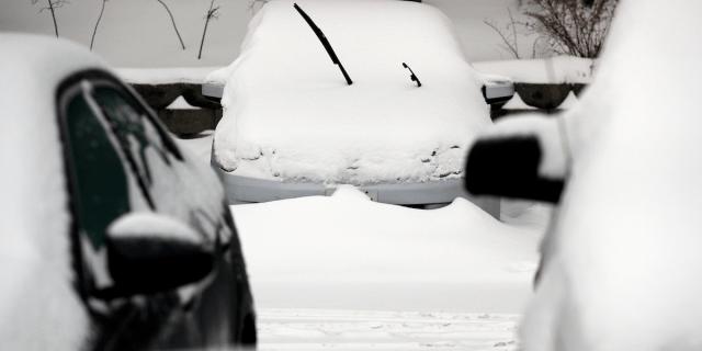 police vortex snow car