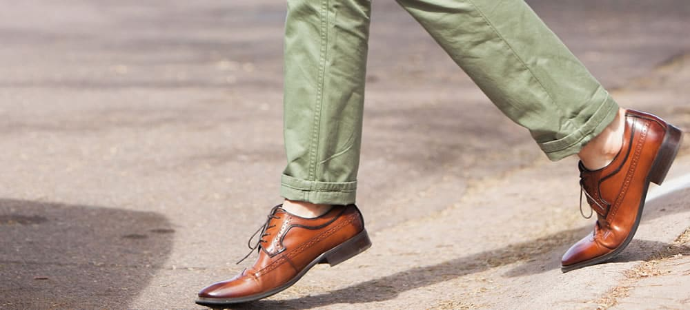 5 Rules For Going Sockless