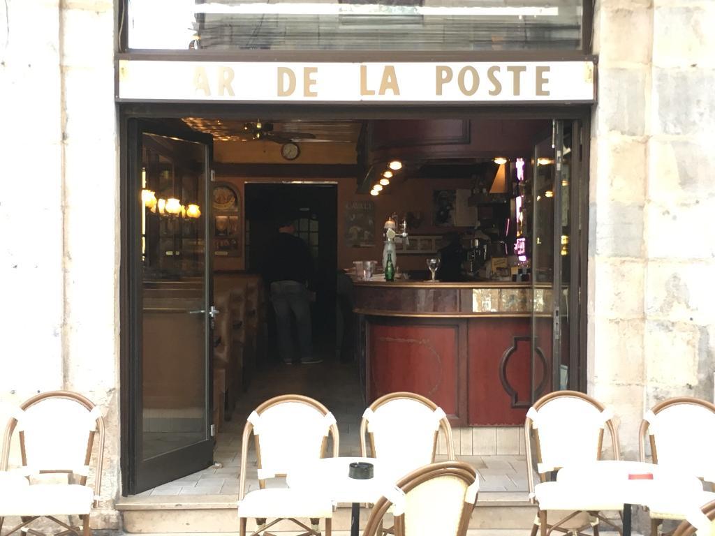 Bar De La Poste Restaurant 8 Rue Granges 25000 Besanon