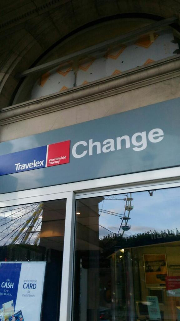 bureau de change 194 rue de rivoli 75001 paris