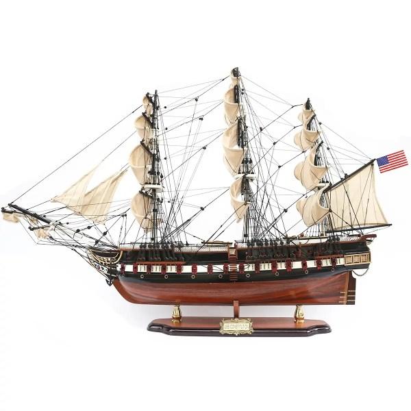 USS Constitution festett prémiuim kiadás Történelmi makett