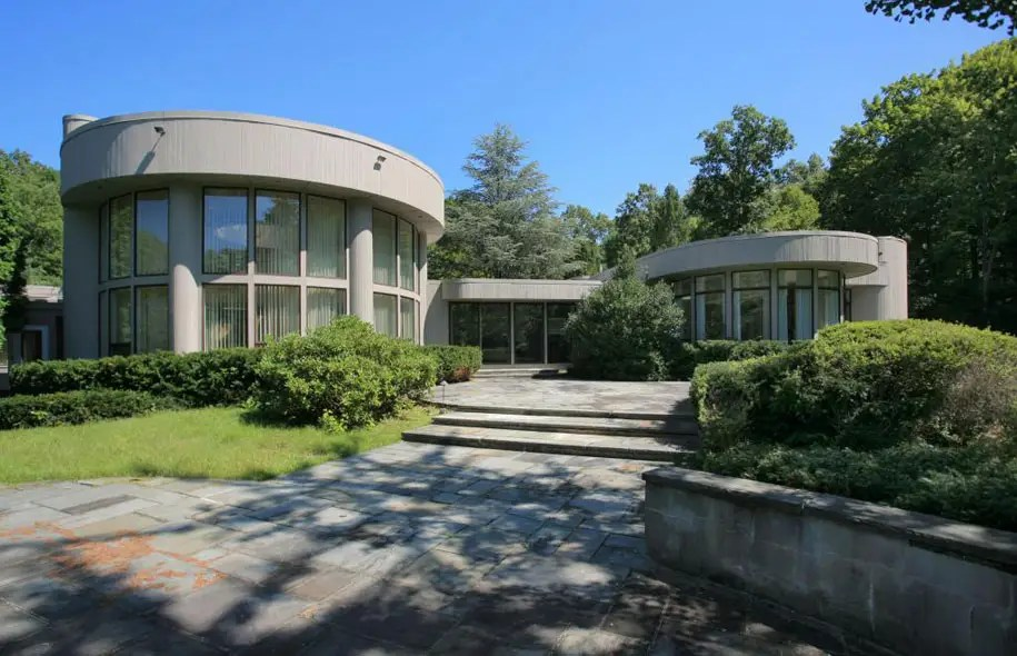Whitney Houston's modernist mansion in scenic New Jersey -- $1.975 million
