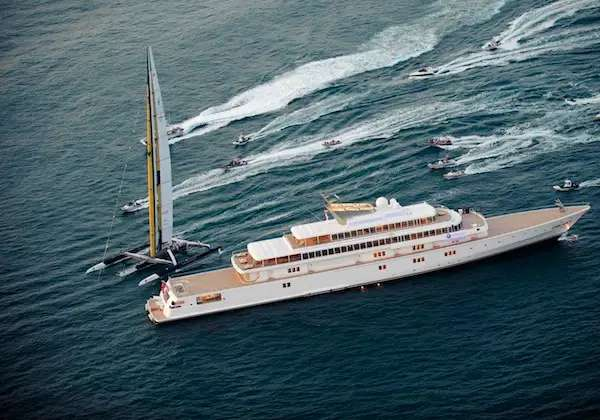 Here's his old flagship yacht, the Rising Sun