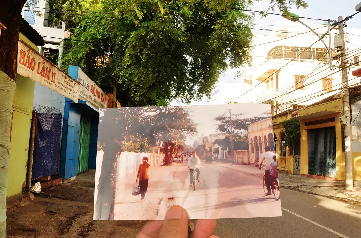 Street life in Nha Trang, 1966