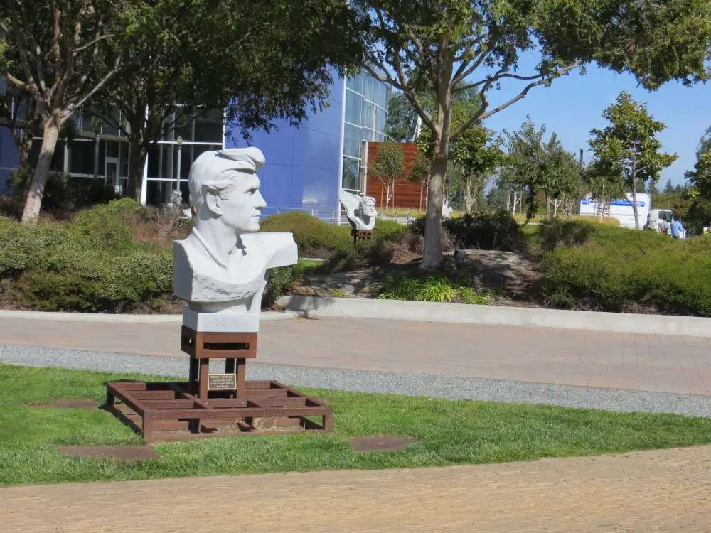 """There is a statue garden in the main campus area filled with random busts meant to inspire. This is an effigy of Lloyd Bridges to honor his role in the 1960s TV show """"Sea Hunt."""""""