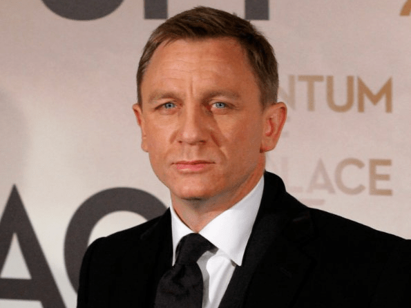 "Daniel Craig, or ""James Bond,"" once had to sleep on park benches in London."