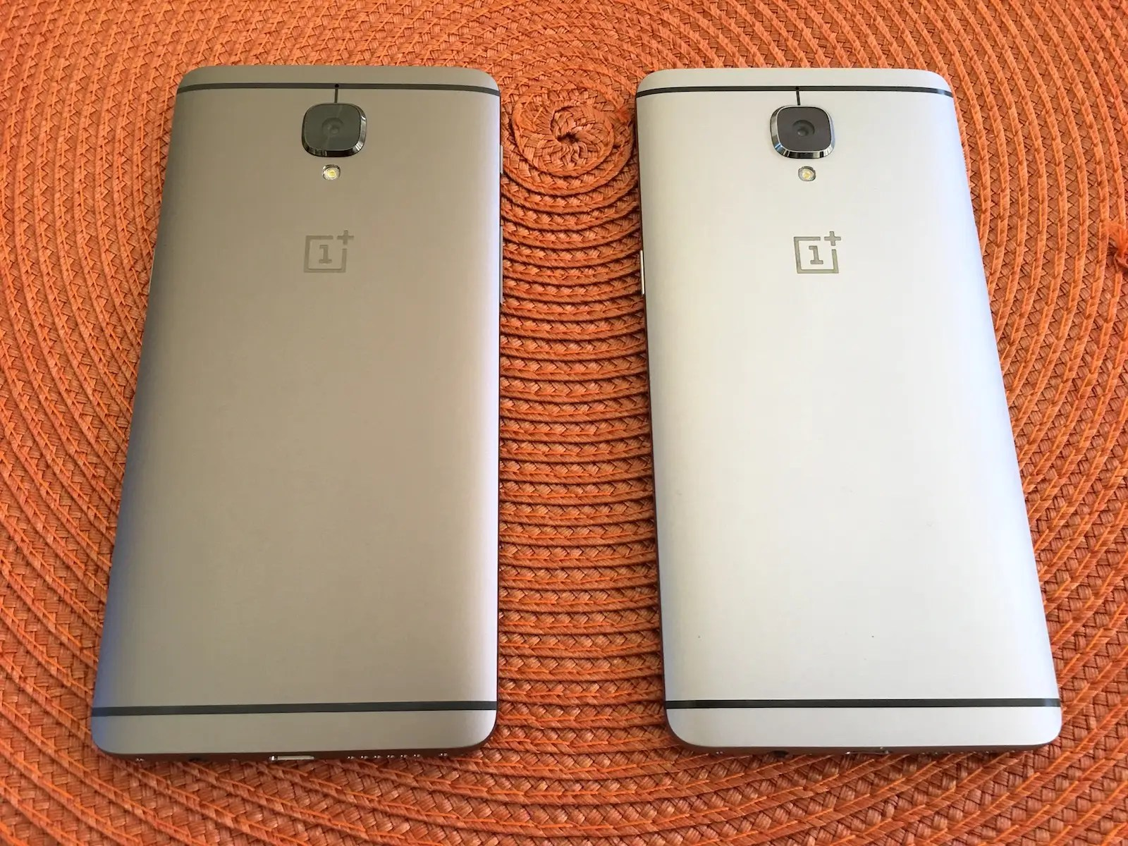 oneplus 3 and 3t back