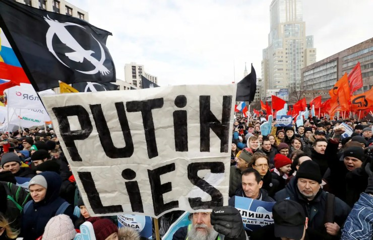 Russian officially introduced a 'sovereign internet' law to let Putin cut off the entire country from the rest of the web | November 1, 2019