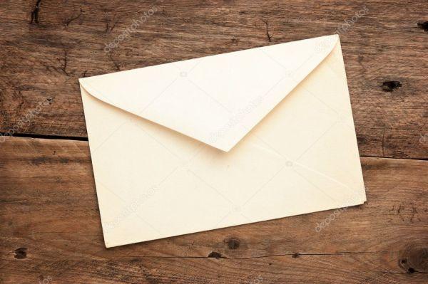 Старый почтовый конверт — Стоковое фото © Observer #5216373