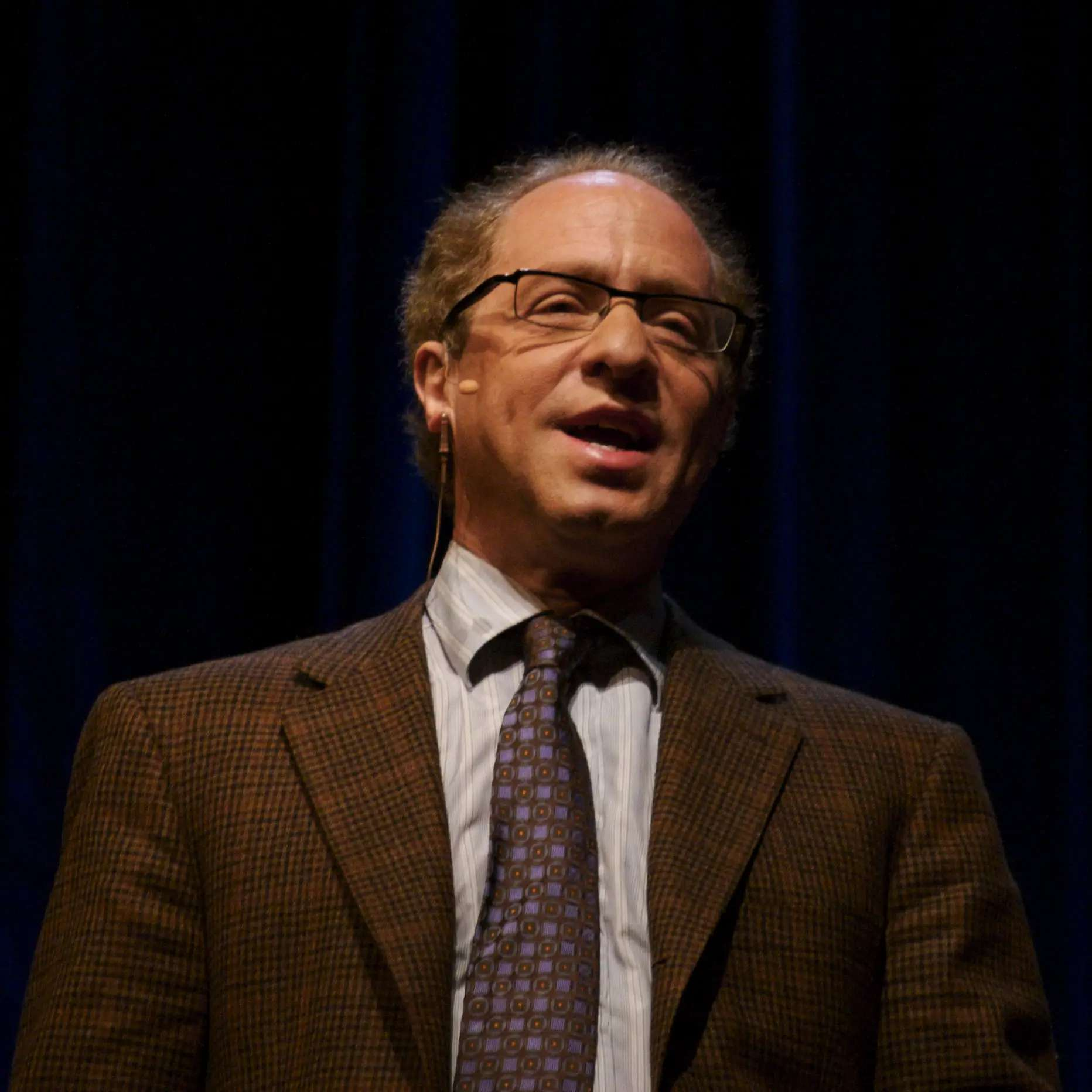 """Raymond Kurzweil, Director of Engineering at Google and noted futurist, made a number of predictions about what technology would be like in 2009 in """"The Age of Spiritual Machines,"""" his book from 1999..."""