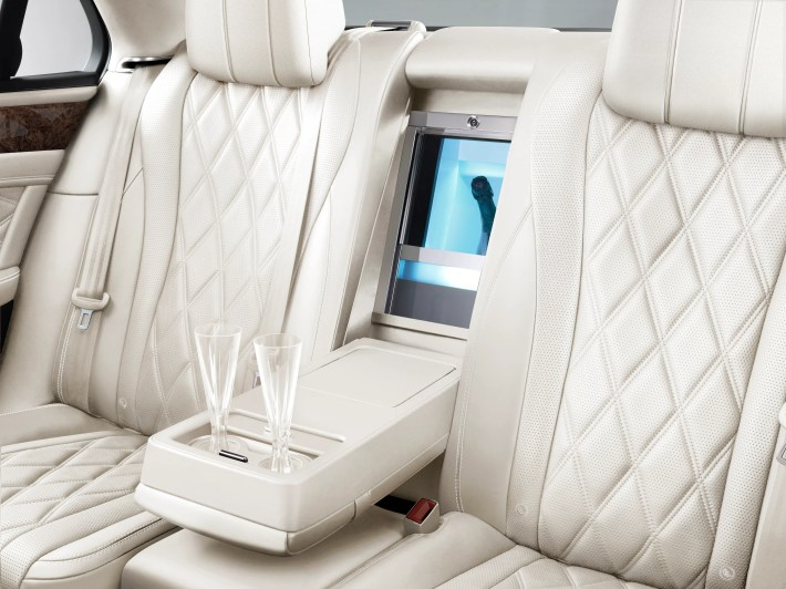 Owners can elect to put a refrigerated bottle cooler between the rear seats.