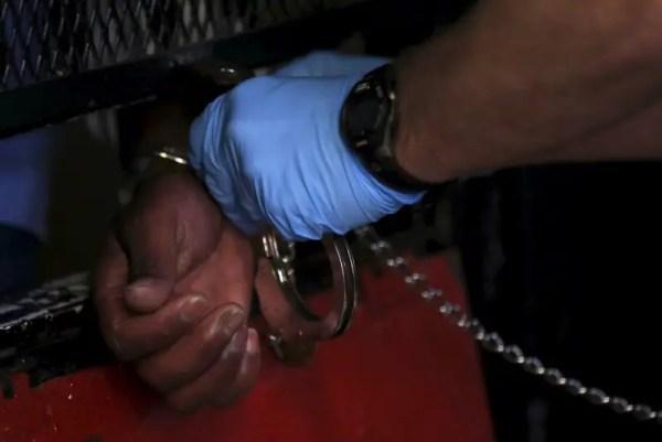 U.S. senators release final sentencing reform bill ...