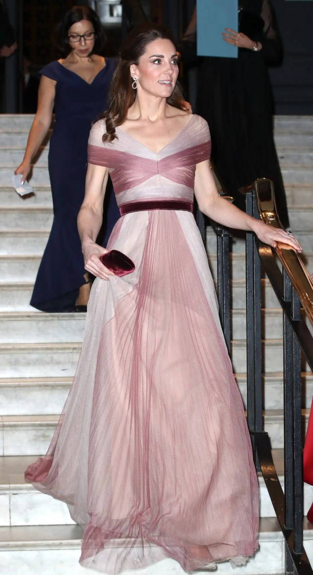 kate middleton pink gown gucci