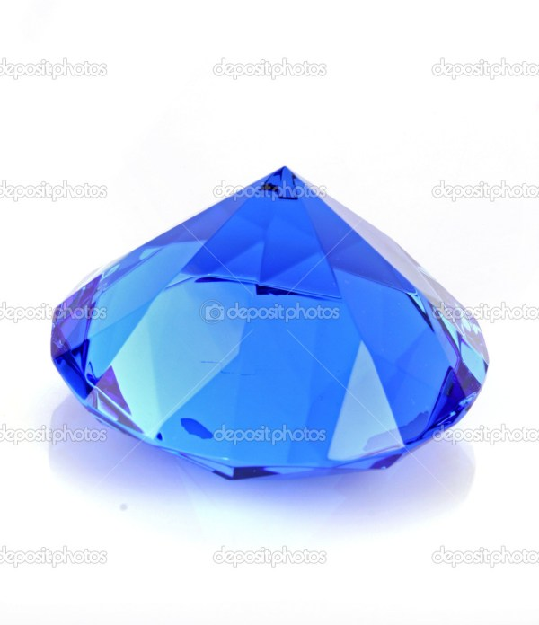 Заделывают голубой бриллиант на белом фоне — Стоковое фото ...